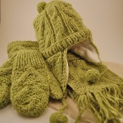 Kid's Cable Knit Set